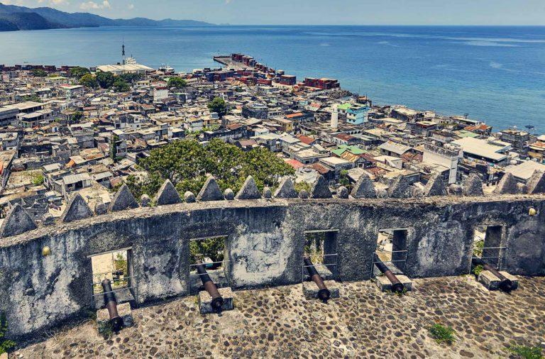 Operation cleaning of the historical and cultural sites et monuments of the Comoros