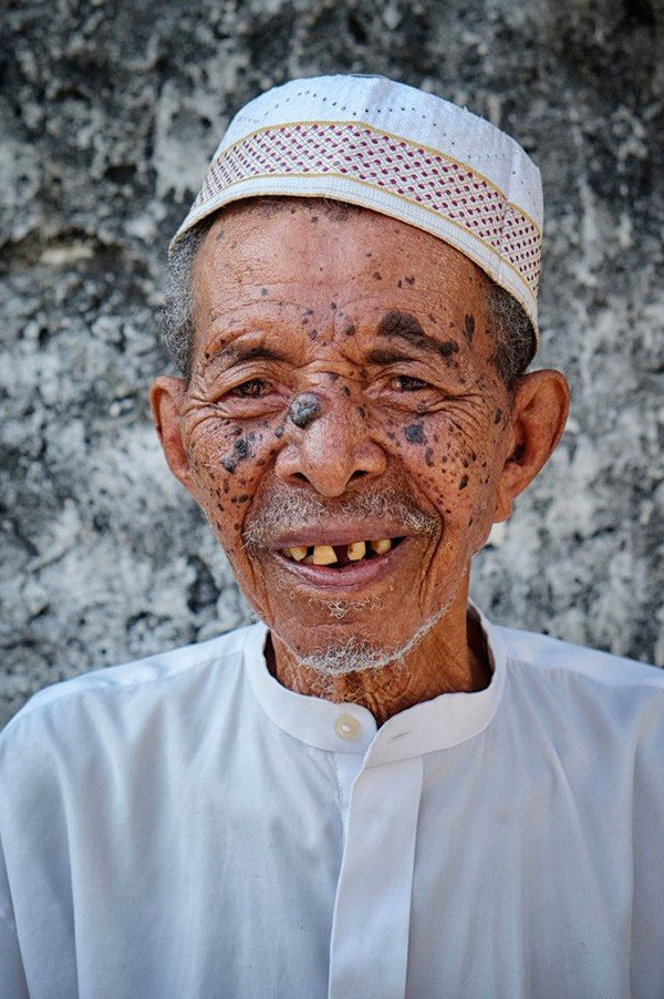"""ARTICLE-""""Vanilla Islands"""" photographers, for the promotion of the Comoros Islands"""