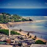 Mayotte - Vue ville bord d'océan