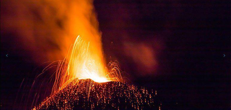 Île de la Réunion - Volcan en éruption